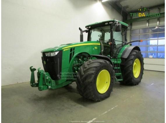 Трактор John Deere 8335 R