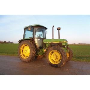Трактор John Deere 2850 (1990)